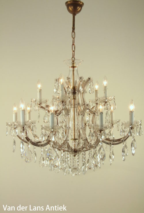 Maria Theresia chandeliers