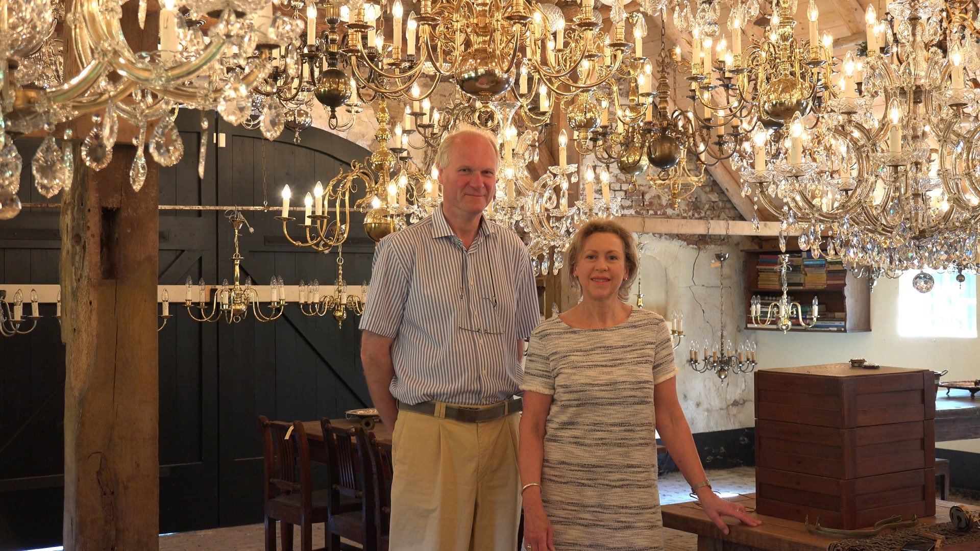 Antieke kroonluchters, antique chandeliers, antike kronleuchter