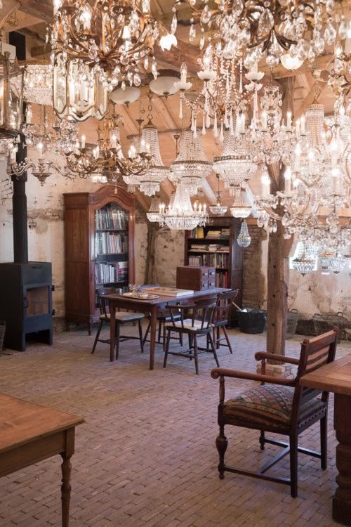 Antieke kroonluchters, antique chandeliers, antike kronleuchter